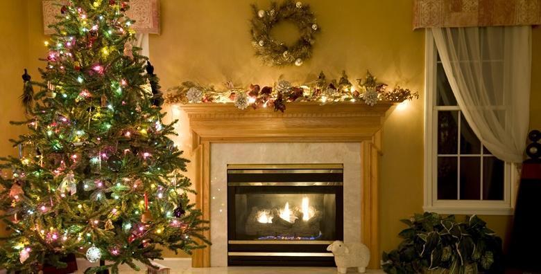 [BOŽIĆNO DRVCE] Bogata smreka do 3 metra visine - uživajte u čaroliji Božića uz neodoljiv miris prirodnog drvca za samo 79 kn!