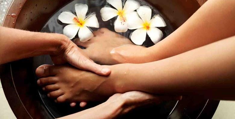Estetska pedikura, trajni lak i masaža stopala