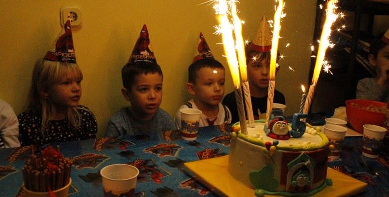 rođendan popust POPUST: 57%   Dječji sportski rođendan   2h zabave za 15 mališana  rođendan popust