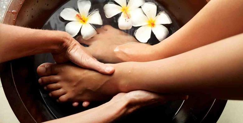 Medicinska pedikura, trajni lak i masaža stopala