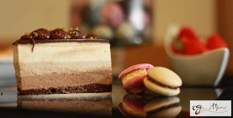 Velika torta po izboru - sacher, čokoladni ili bijeli mousse