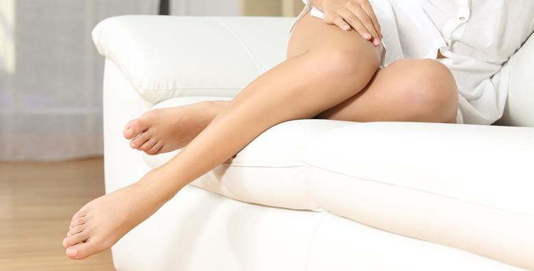 Depilacija cijelih nogu i bikini zone šećernom pastom