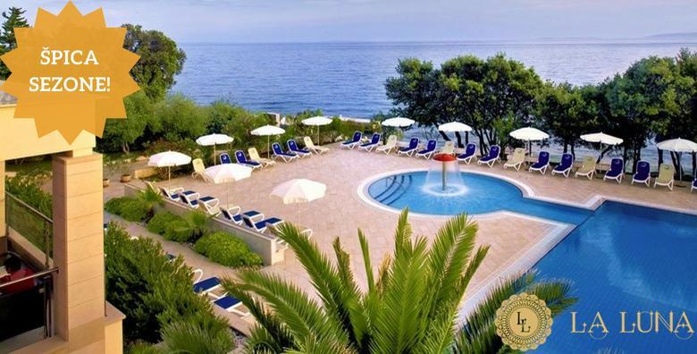[PAG, ŠPICA SEZONE] La Luna Island Hotel**** - 6 ili 8 dana s polupansionom za dvoje uz korištenje saune, bazena i ležaljki od 6.647 kn!