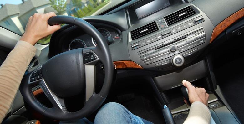 Kemijsko čišćenje unutrašnjosti auta i vanjsko pranje