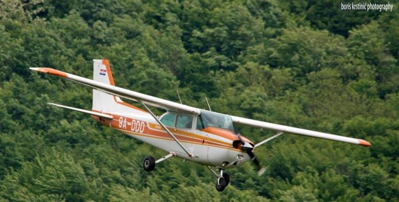 Postani pilot na jedan dan uz program za početnike - čak 30 minuta leta s instruktorom i 40 minuta teorije za 599 kn!