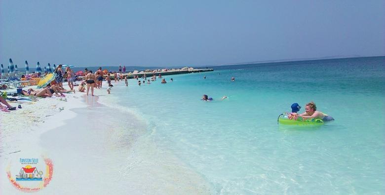 [SELCE] 2 ili 3 dana s polupansionom za dvoje u Pansionu Selce nadomak centra i glavne gradske plaže - odaberite termin u ŠPICI SEZONE od 618 kn!