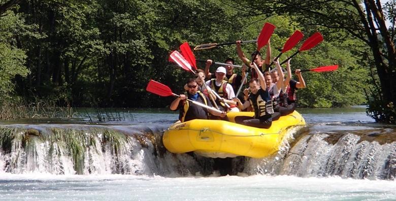 [RAFTING NA MREŽNICI] Doživi navalu čistog adrenalina u nezaboravnom spustu rijekom uz uključenu opremu i skipera s iskustvom za 149 kn!
