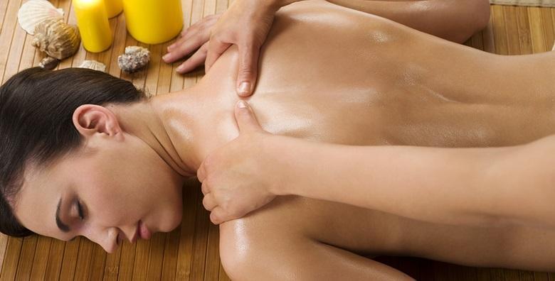 Aromaterapijska masaža eteričnim uljima za samo 74 kn!