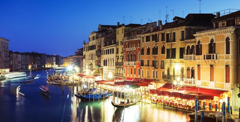 [ADVENT U VENECIJI] Doživite talijansku ljepoticu u čarobnom božićnom ruhu i obavite kupovinu poklona u outletu Noventa di Piave za 209 kn!