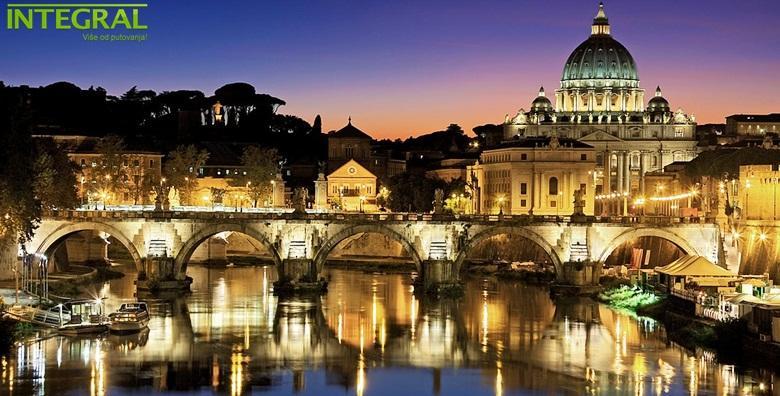 Nova godina u Rimu*** - 5 dana s doručkom i prijevozom za 1.550 kn!