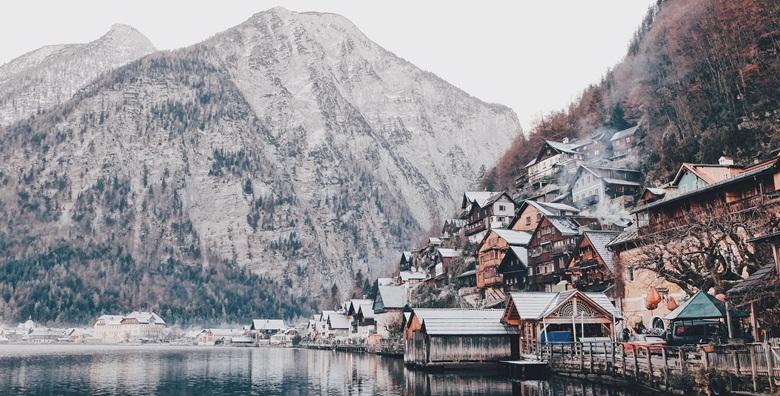 [ADVENT, AUSTRIJSKA JEZERA] Mjestašca kao iz bajke koja jednostavno morate doživjeti u božićnom duhu - Hallstatt, St. Gilgen i St.Wolfgang!
