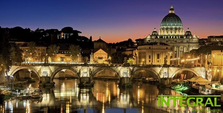 Advent u Rimu - 5 dana s doručkom u hotelu*** i prijevoz busom za 1.450 kn!