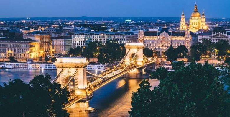 Advent u Budimpešti, 2 dana s prijevozom za 420 kn!