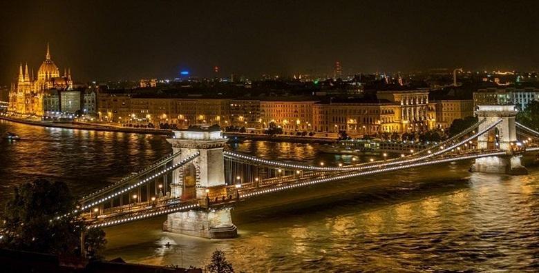 Advent u Budimpešti*** - 3 dana s doručkom i prijevozom za 650 kn!