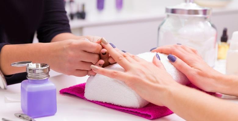 Manikura, trajni lak i masaža ruku - ove zime pobrinite se za svoje ruke i pružite im lijep izgled za samo 79 kn!