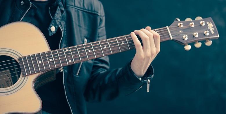 POPUST: 40% - GITARA Individualni ili grupni tečaj u trajanju 4 ili 8 šk. sati uz uključene instrumente i materijale u Gitarskoj školi u centru grada od 209 kn! (Gitarska škola)