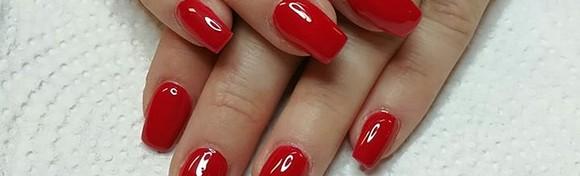 Trajni lak i manikura ili geliranje prirodnih noktiju - odaberite najdražu između čak 500 boja laka i priuštite si lijepe nokte koji traju tjednima već od 79 kn!