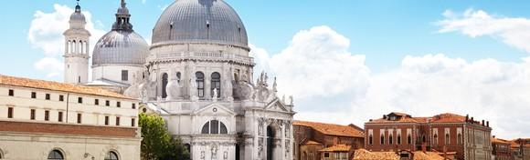 [VENECIJA I OTOCI LAGUNE] Posjetite plutajući grad koji oduševljava sve turiste i razgledajte simpatične otoke Torcello, Burano i Murano za 459 kn!