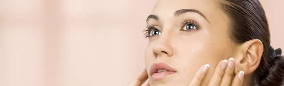 Mikrodermoabrazija, njega hyaluronom i matičnim stanicama, mehaničko čišćenje lica i dijatermija uz ODMAH vidljive rezultate za 189 kn!