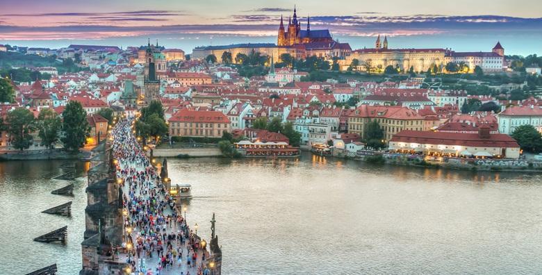 [PRAG] Za ovaj Dan žena počastite se putovanjem u prekrasan grad poznat po mostovima i gostoljubivoj atmosferi za 660 kn!