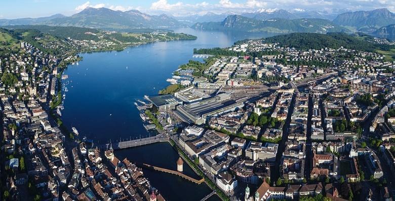 Tura Švicarskom - 4 dana s doručkom i prijevozom za 1.750 kn!