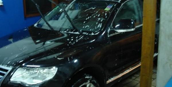 Kompletno pranje automobila, premaz voskom, poliranje farova - slika 5